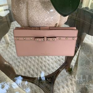 KATE SPADE LEATHER JEWELED BOW WALLET!💗
